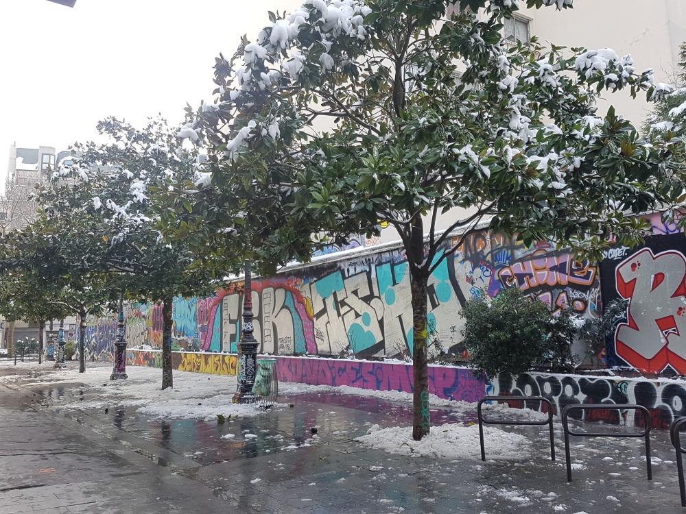 graffiti rue henri nogueres paris