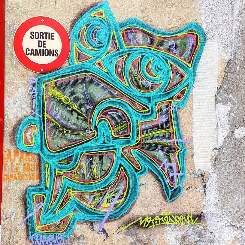 mr renard street art graffiti