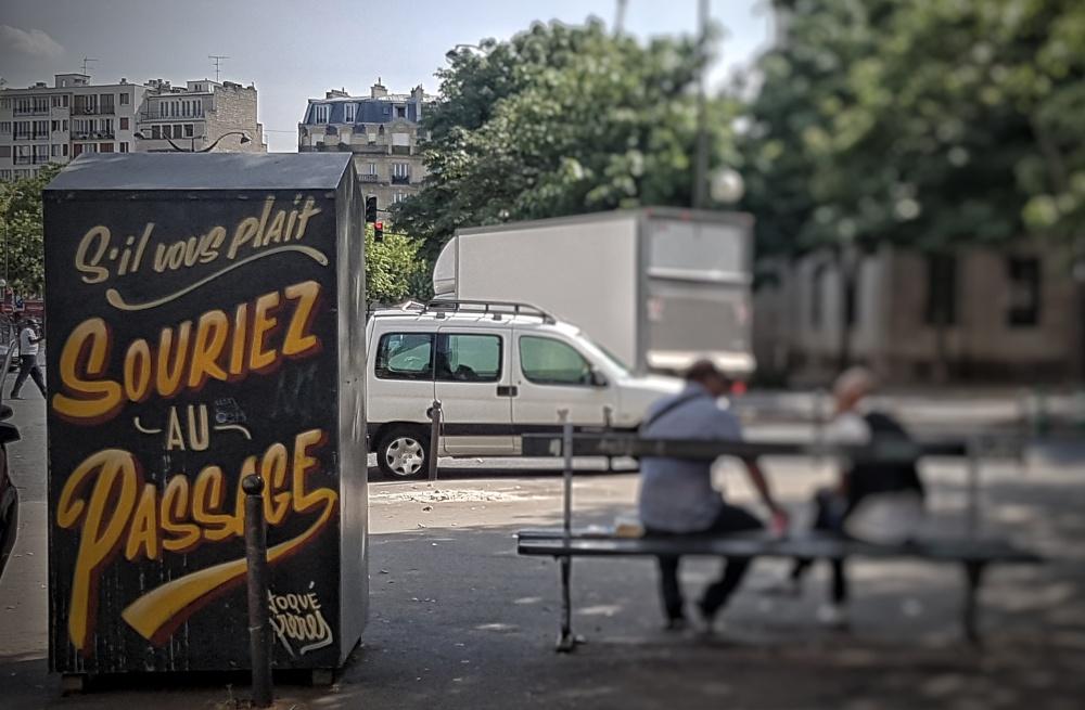 toque freres street art paris 20